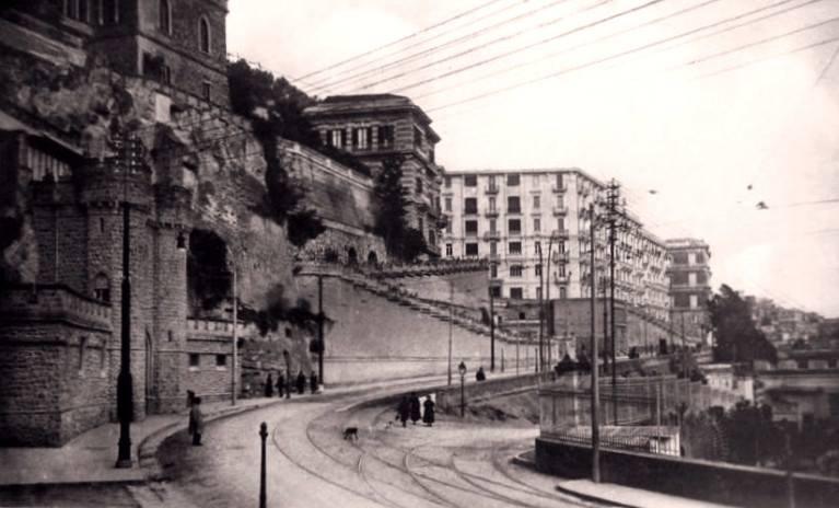 Napoli, una perla nel Tirreno
